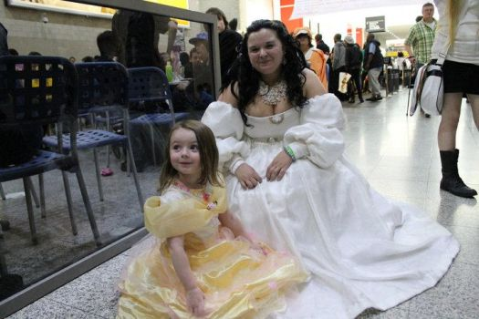 Sarah and a fellow princess by LabyrinthLadyLover