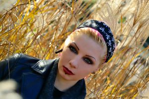 Herbstwind by Dejavue-Pictures