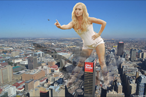 Giantess Hayden Panettiere by ToxicEyeGTS
