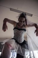 Ballet meets Zombies: Like a puppet once alive by SeelederSchar