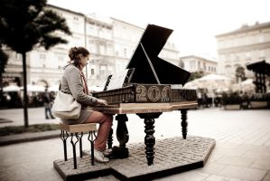 Street pianist by Boria666