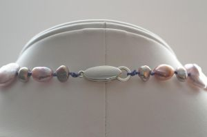 Purple Pearl Necklace Clasp by lamorth-the-seeker