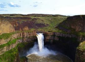 Palouse Falls State Park by Reevah-Willow