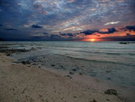 Sunrise Yamacraw beach 1 by peterpateman