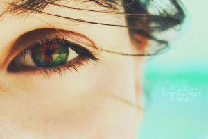 Look Into My Eyes by Livingthefame