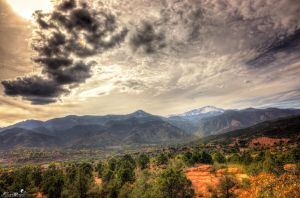 Garden of the Gods/Pikes Peak by Crazy-J19