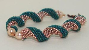 Twisted peyote bracelet by sweetdream20