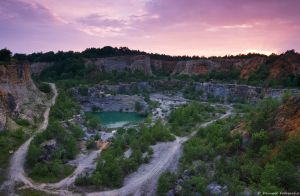 Stone quarry by Aphantopus
