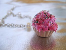 CUPCAKE NECKLACE by OrdinaryThing