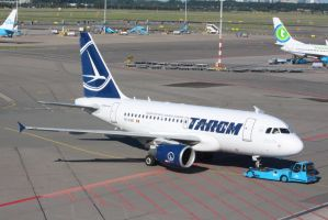 tarom YR-ASB by damenster