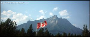 Canada: Flag + Mountain by McFit