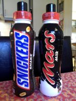 Snickers and Mars - Chocolate Drinks by Redfield-1982