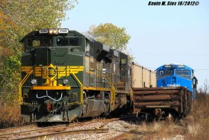 Erie heritage 1068 passing Conrail heritage 8098 by EternalFlame1891