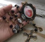 Sacred Heart Rosary Necklace - Photo 3 by asunder