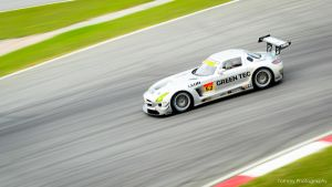 Panning shot - Mercedes-Benz SLS by Tommy-YS