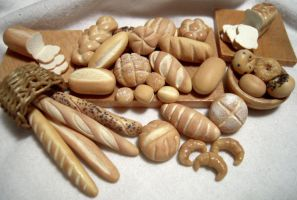 Bread Assortment 1:12th scale by DFLY847