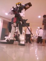 GUNDAM DYNAMES walks in malls by karlonne
