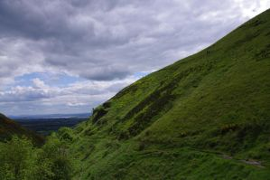 Alva Glen - Scotland by CleaLlyfr