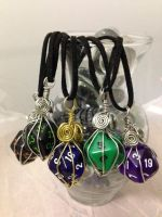 Caged D20 pendants by firecurls