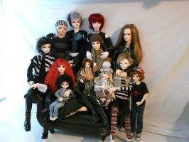 Doll Family: April 2010 by idrilkeps