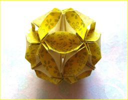 Yellow floral ball by Figuer