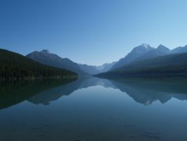 Bowman Lake by fotolandia