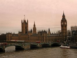 Houses of Parliament by MyrtoGkl