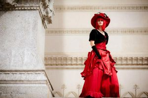 Madame Red ~Beautiful and haughty by lucioleeteinte