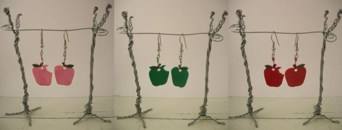 Apple Earrings by knacc