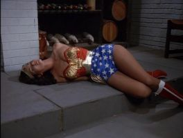 Wonder Woman KO'D by KiritoWannabe
