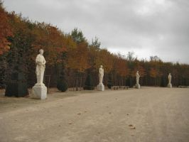 Statues by simfonic