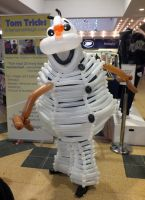 Olaf balloon cosplay 3 by ggeudraco