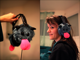 Poro Headphones by Lowenaaa