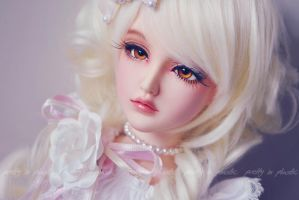 white princess .::02::. by prettyinplastic