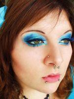 showy by itashleys-makeup