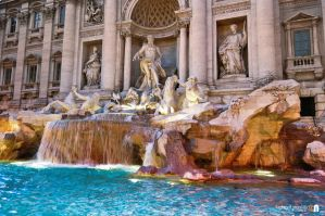 Fountain di Trevi by ludovitNASTISIN