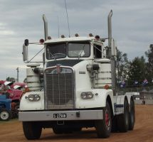 Kenworth S2 model on parade by RedtailFox