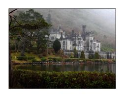 Kylemore Abbey by PicTd