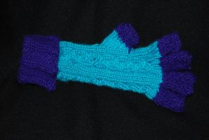 Knitted Half-Finger Gauntlets by RayMackenzie