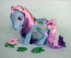 Water Lily MLP Custom Closeup by kaikaku