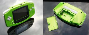Custom pearl green Gameboy Advance GBA by Zoki64