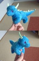 Mini magnet plush: Blue dragon by goiku