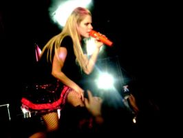 Avril Lavigne by Photom0nkey