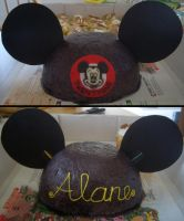 Mickey Ears Cake by iliketodoodle