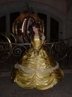 Belle a Disneyland paris by LadyliliCosplay