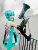 Love is War - Hatsune Miku 3 by nyaomeimei