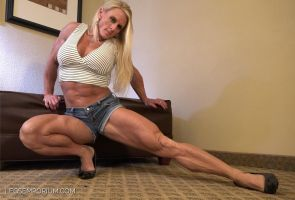 Serrated Legs and Calves of Shannon Rabon - LE by LegsEmporium