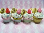 Cupcake aux Fraises necklaces by ImperfectKawaii