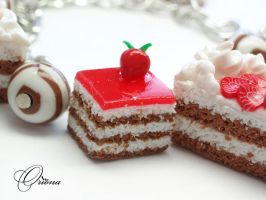 Bracelet 'Strawberry Cake' 3 by OrionaJewelry