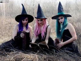 .Witching Hour. by SokiSpawn